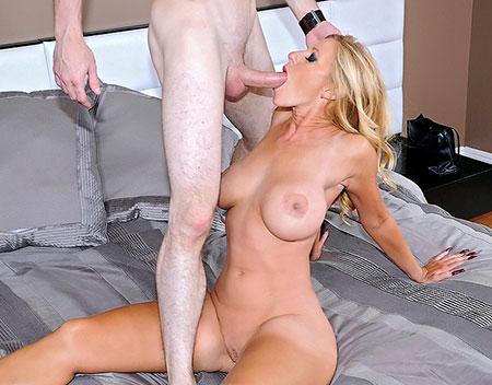 hot big tit milfs nude