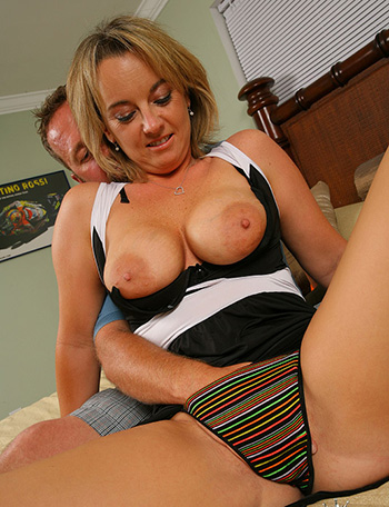 Sex natural tits milf